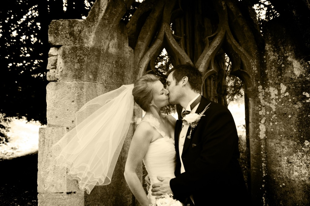 Worcestershire wedding photography from Bravo Photography, Kidderminster